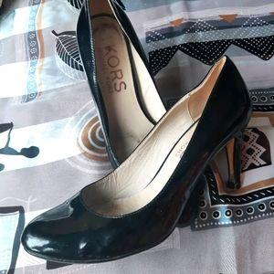 Michael Kors stilettos classic elegant leather